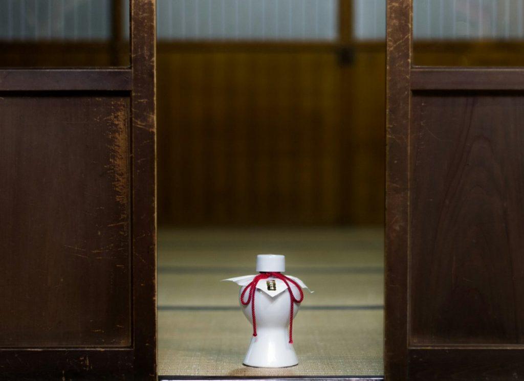 天甜酒とは「君の名は。」に登場する「口噛み酒」なのか!?~神話に登場する日本で最初の米の酒「日本酒の誕生」~