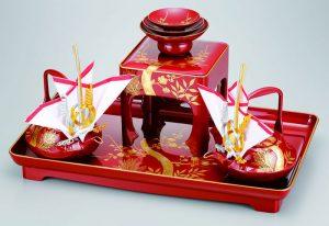 婚礼に用いられる片口の銚子